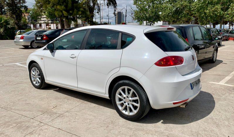 SEAT Leon 1.6 TDI 105cv Ecomotive Style lleno