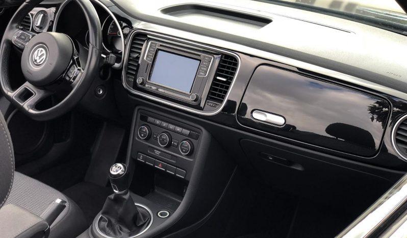 Volkswagen Beetle Cabrio Design 2.0 TDI 110CV lleno